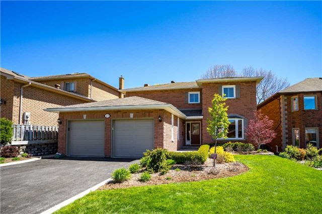 Detached at 23 Thackeray Cres, Barrie, Ontario. Image 1