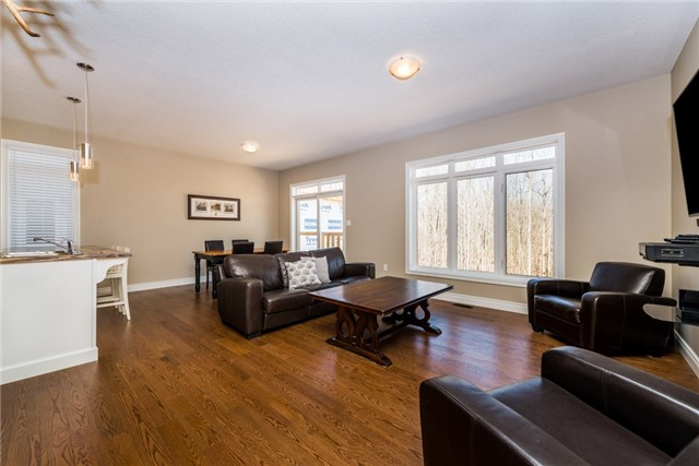 Detached at 39 Sheppard Dr, Tay, Ontario. Image 8