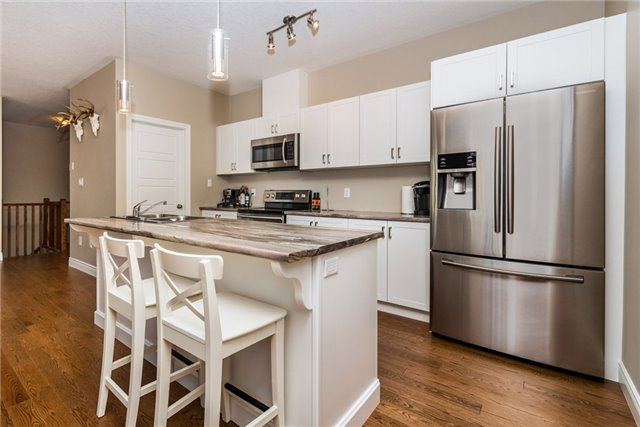 Detached at 39 Sheppard Dr, Tay, Ontario. Image 12