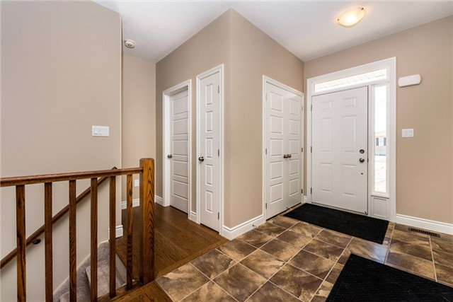 Detached at 39 Sheppard Dr, Tay, Ontario. Image 13