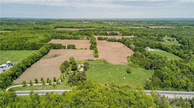 Farm at 1614 Horseshoe Valley Rd E, Oro-Medonte, Ontario. Image 6
