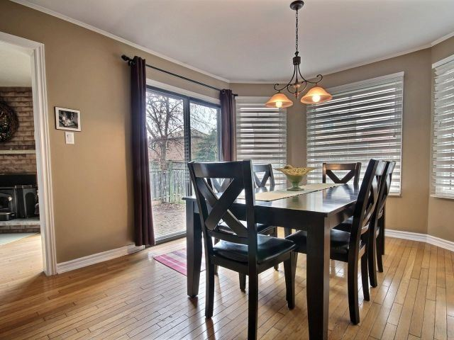 Detached at 524 Grove St E, Barrie, Ontario. Image 16