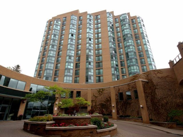 Condo Apartment at 150 Dunlop St E, Unit 604, Barrie, Ontario. Image 1