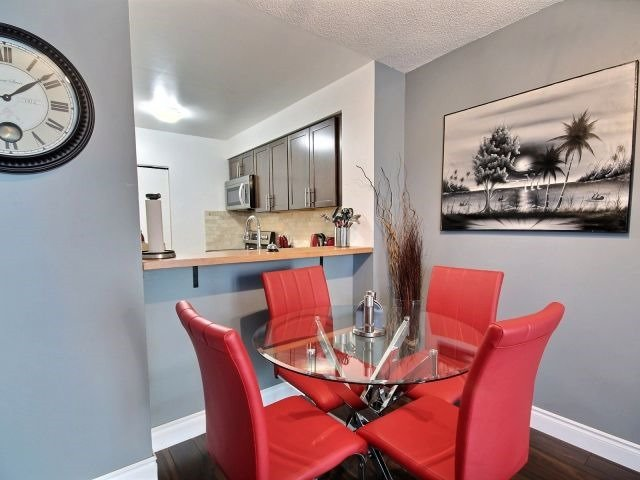 Condo Apartment at 150 Dunlop St E, Unit 604, Barrie, Ontario. Image 18