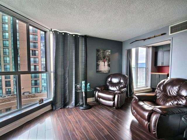 Condo Apartment at 150 Dunlop St E, Unit 604, Barrie, Ontario. Image 20
