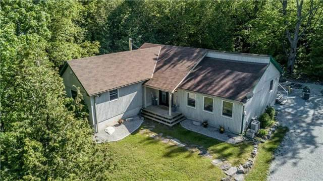 Detached at 10718 12 Highway Rd W, Oro-Medonte, Ontario. Image 12