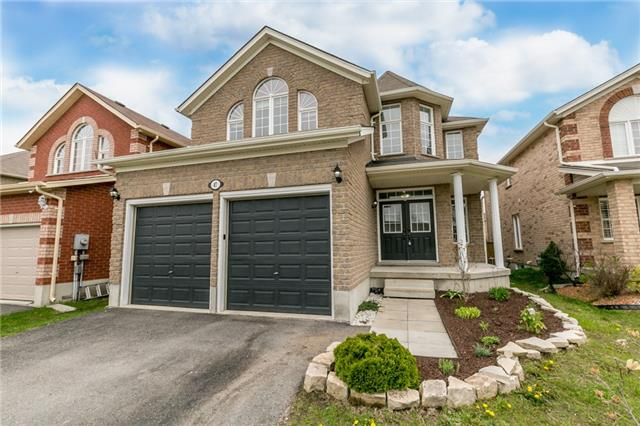 Detached at 87 Sovereigns Gate, Barrie, Ontario. Image 1