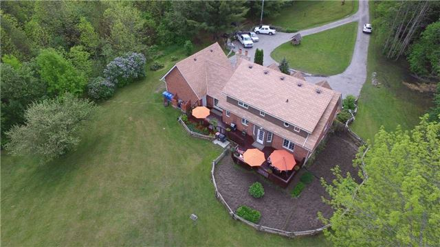 Detached at 5134 Hwy 26 Rd, Clearview, Ontario. Image 9