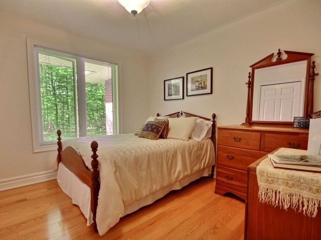 Detached at 11 Bailey Cres, Tiny, Ontario. Image 4