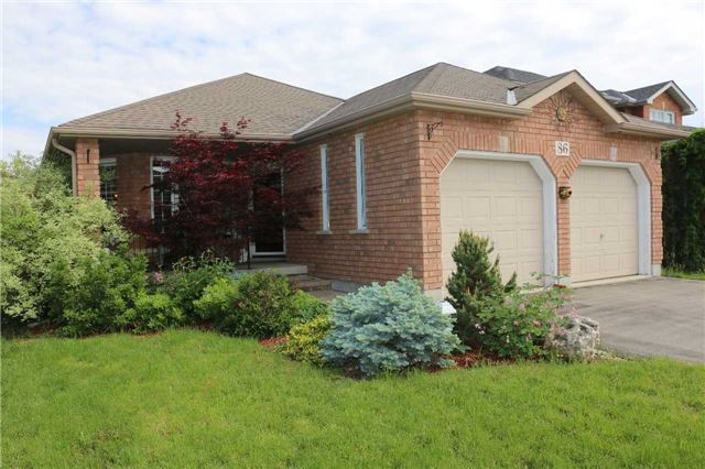 Detached at 86 Stephanie Lane, Barrie, Ontario. Image 1