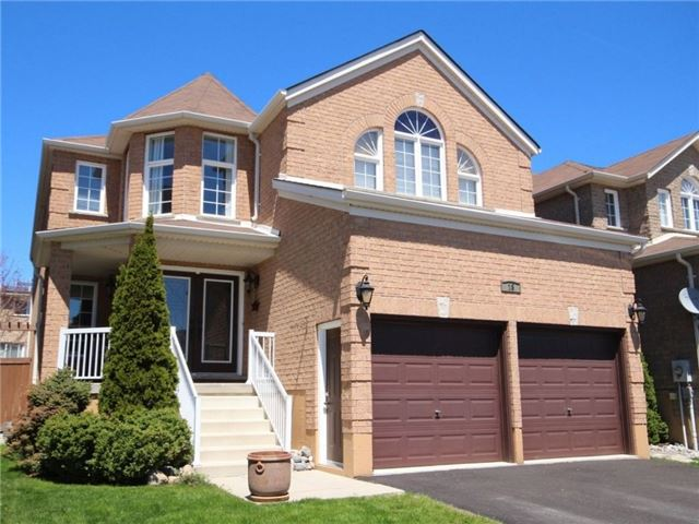 Detached at 18 Parisian Cres, Barrie, Ontario. Image 1