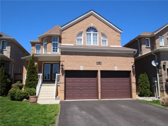 Detached at 18 Parisian Cres, Barrie, Ontario. Image 12