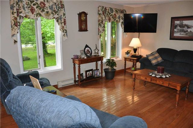 Detached at 2358 Foxmead Rd, Oro-Medonte, Ontario. Image 16