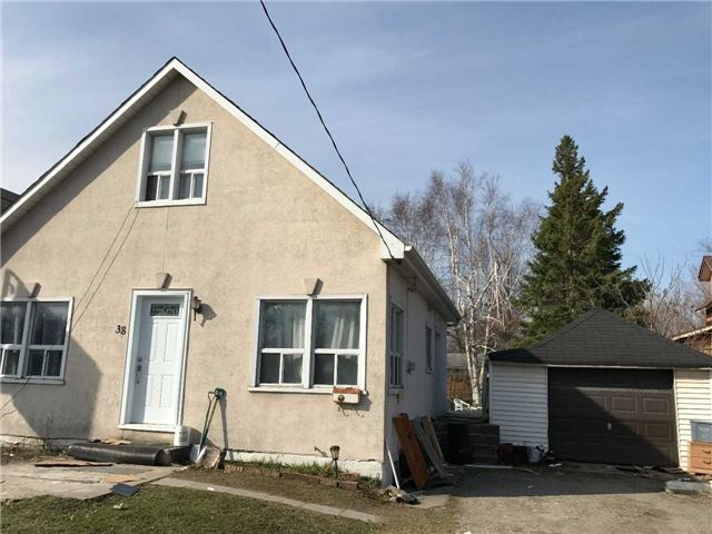 Detached at 38 Anne St N, Barrie, Ontario. Image 1