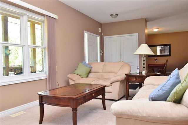 Detached at 307 Edgehill Dr, Barrie, Ontario. Image 17