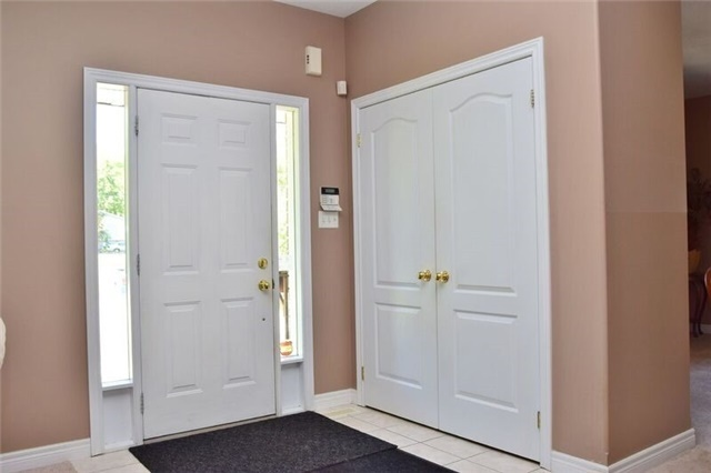 Detached at 307 Edgehill Dr, Barrie, Ontario. Image 18
