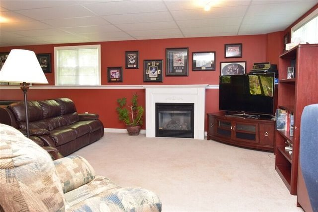Detached at 307 Edgehill Dr, Barrie, Ontario. Image 7