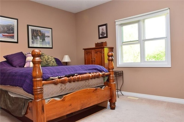 Detached at 307 Edgehill Dr, Barrie, Ontario. Image 10