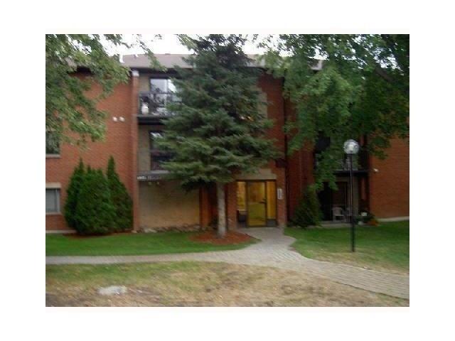 Condo Apartment at 183 Edgehill Dr, Unit C11, Barrie, Ontario. Image 1