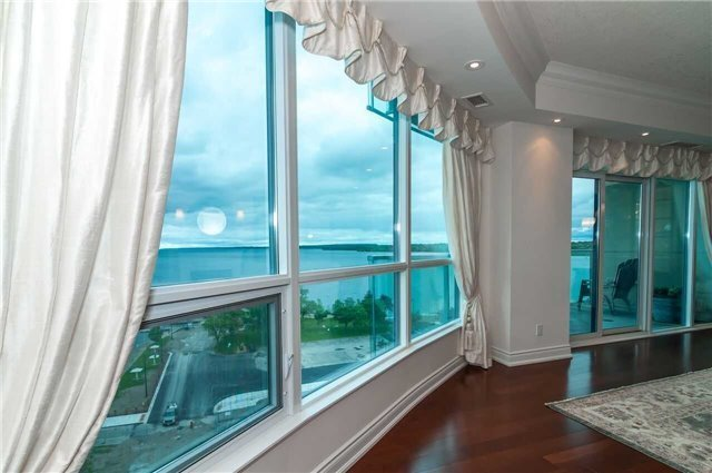 Condo Apartment at 33 Ellen St, Unit 1004, Barrie, Ontario. Image 14
