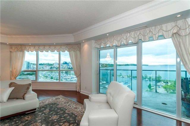 Condo Apartment at 33 Ellen St, Unit 1004, Barrie, Ontario. Image 16