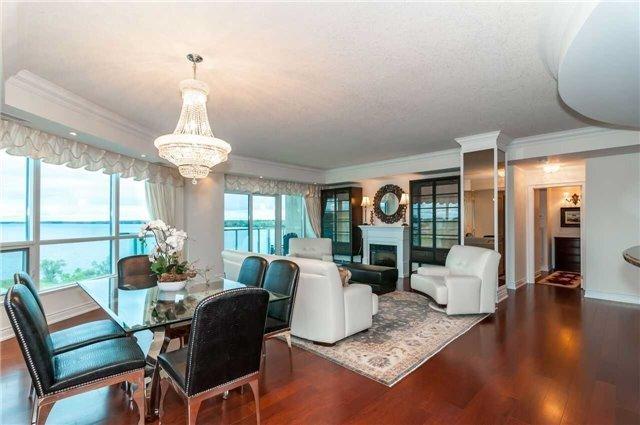 Condo Apartment at 33 Ellen St, Unit 1004, Barrie, Ontario. Image 17