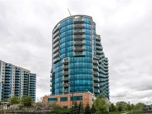 Condo Apartment at 33 Ellen St, Unit 1004, Barrie, Ontario. Image 4