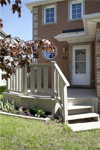 Detached at 55 Clute Cres, Barrie, Ontario. Image 10