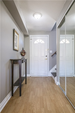Detached at 55 Clute Cres, Barrie, Ontario. Image 11