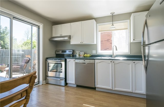 Detached at 55 Clute Cres, Barrie, Ontario. Image 15