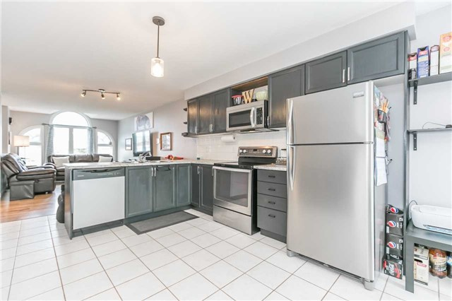 Detached at 192 Sproule Dr, Barrie, Ontario. Image 17