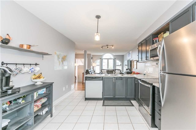 Detached at 192 Sproule Dr, Barrie, Ontario. Image 18