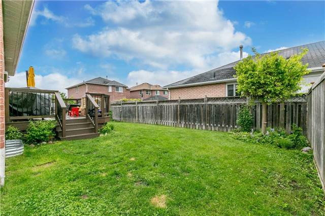 Detached at 192 Sproule Dr, Barrie, Ontario. Image 11