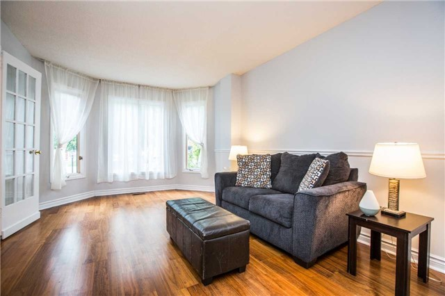 Detached at 27 Moore Pl, Barrie, Ontario. Image 14