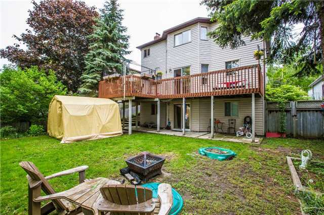 Detached at 27 Moore Pl, Barrie, Ontario. Image 10
