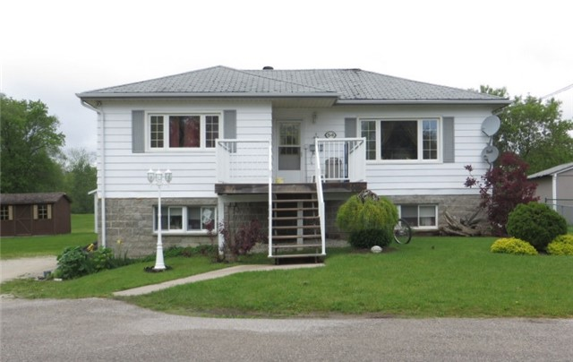 Detached at 54 Stone St, Springwater, Ontario. Image 1