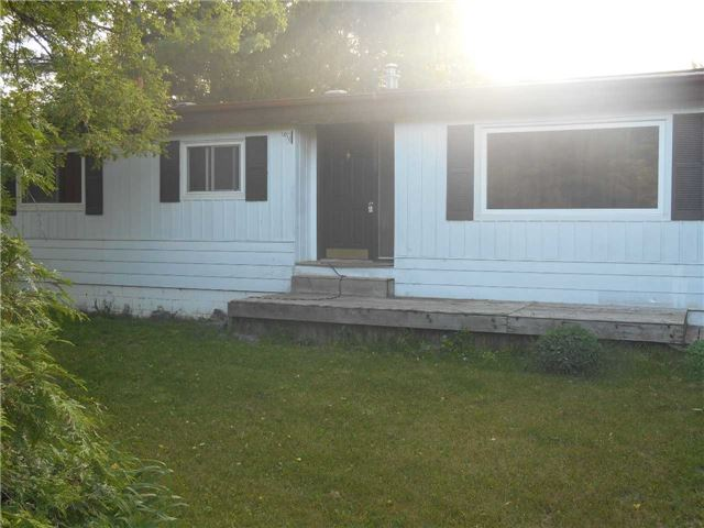 Detached at 10 Creemore Ave, Clearview, Ontario. Image 1