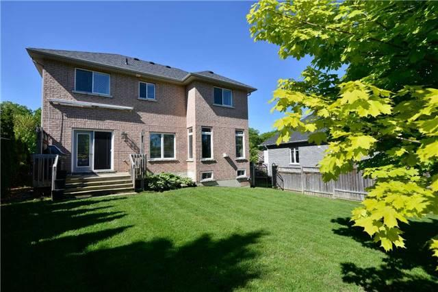 Detached at 51 Cumming Dr, Barrie, Ontario. Image 11