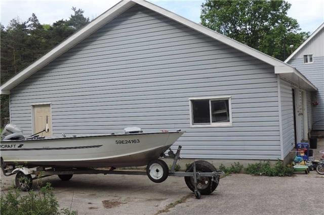 Detached at 3204 New Brailey Line, Severn, Ontario. Image 3