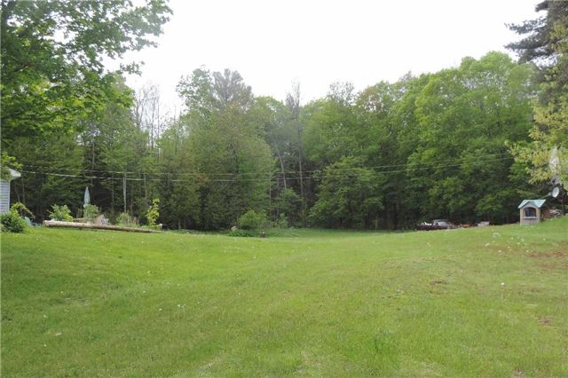 Detached at 3204 New Brailey Line, Severn, Ontario. Image 7