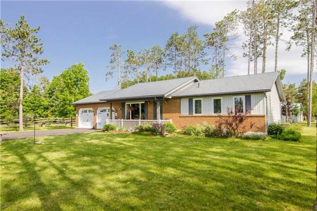 Detached at 6216 Sunnidale Tos. Town Line, Clearview, Ontario. Image 1