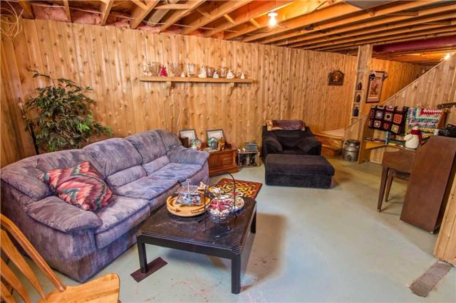 Detached at 6216 Sunnidale Tos. Town Line, Clearview, Ontario. Image 3