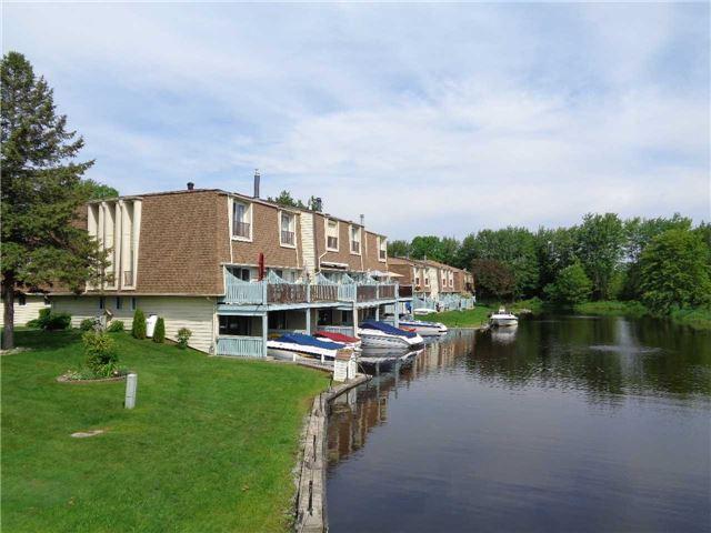 Condo Townhouse at 4 Paradise Blvd, Unit Unit 6, Ramara, Ontario. Image 1