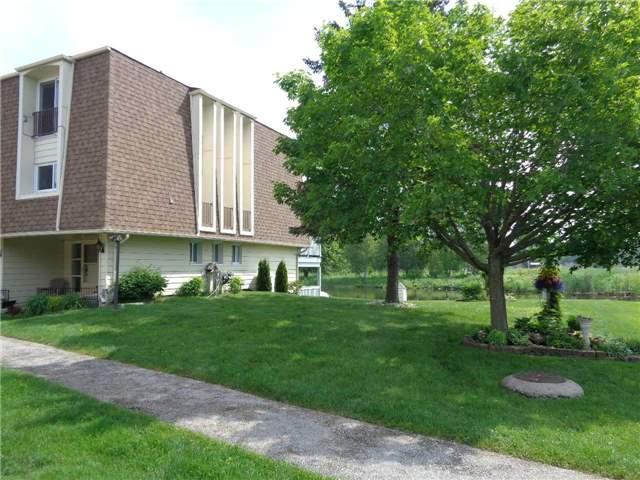 Condo Townhouse at 4 Paradise Blvd, Unit Unit 6, Ramara, Ontario. Image 12