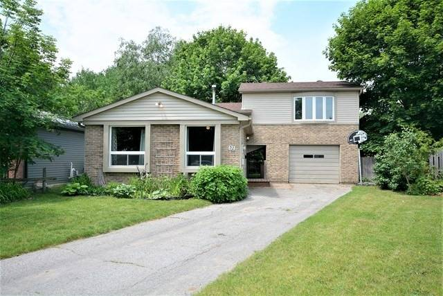 Detached at 69 Mowat Cres, Barrie, Ontario. Image 1
