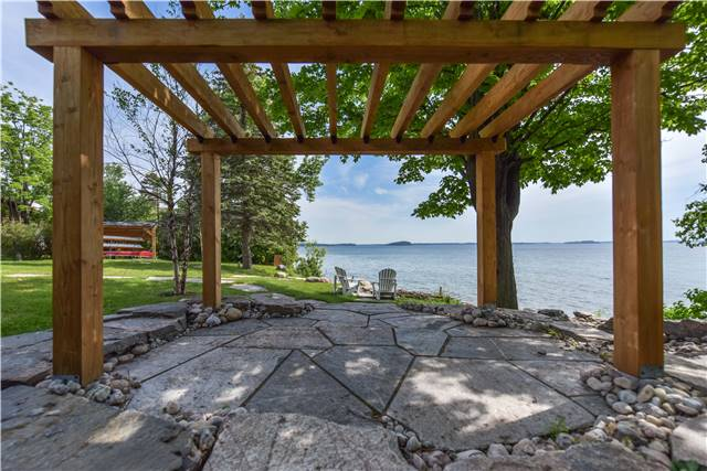 Detached at 259 Moon Point Dr, Oro-Medonte, Ontario. Image 10