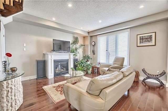 Detached at 55 Nathan Cres, Barrie, Ontario. Image 15