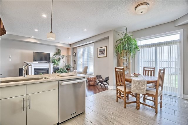 Detached at 55 Nathan Cres, Barrie, Ontario. Image 17