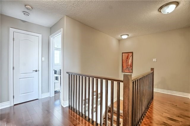 Detached at 55 Nathan Cres, Barrie, Ontario. Image 19