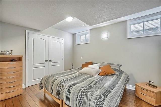 Detached at 55 Nathan Cres, Barrie, Ontario. Image 7